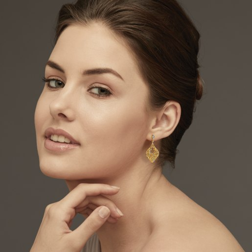 Diamond Earring In Yellow Gold (8.15 Gram) With Diamonds (0.124 Ct)